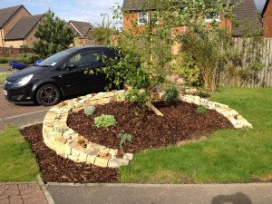 Dry stone raised bed