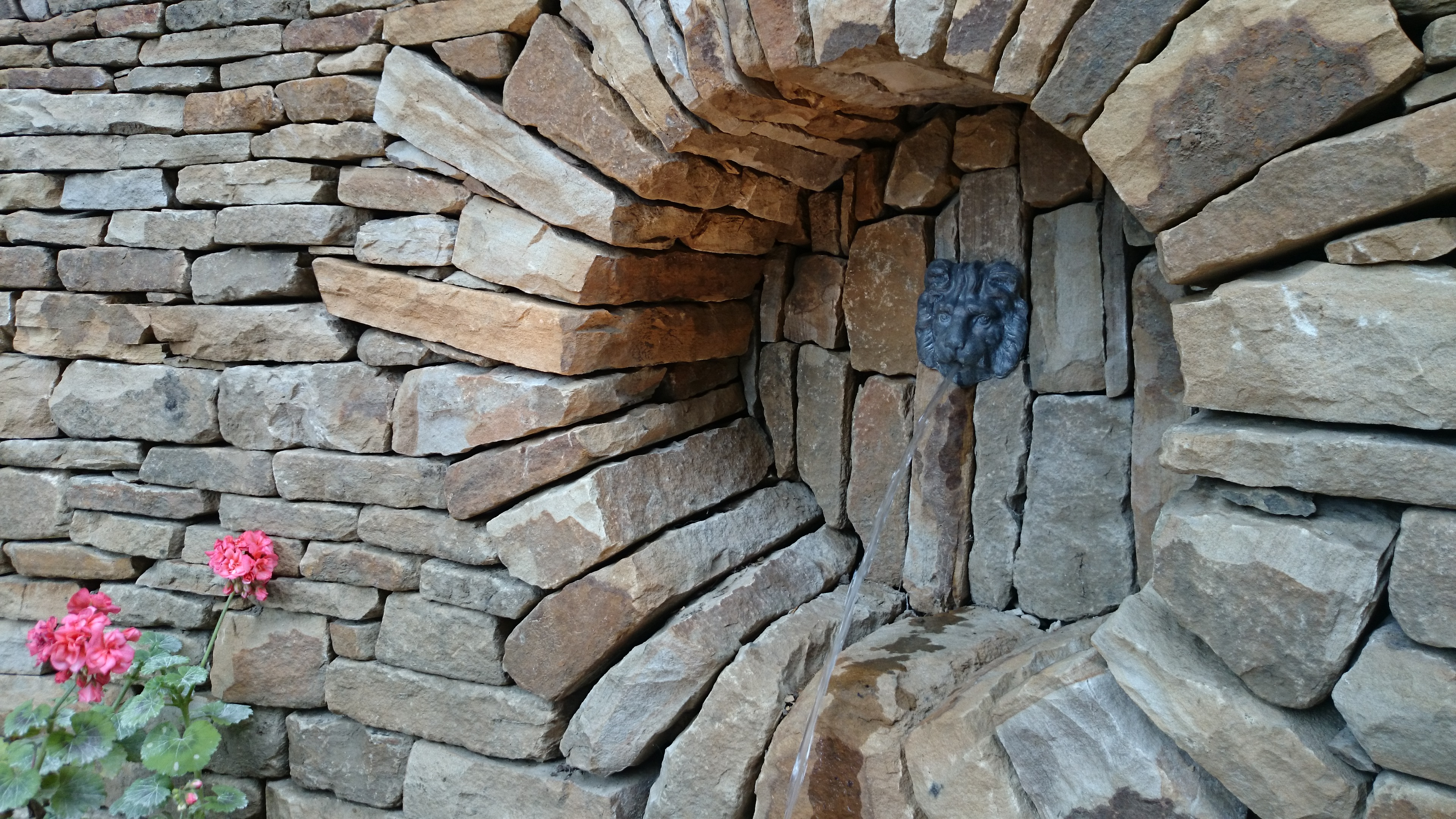 Stone Inspired Dry Stone Walling Garden Design And