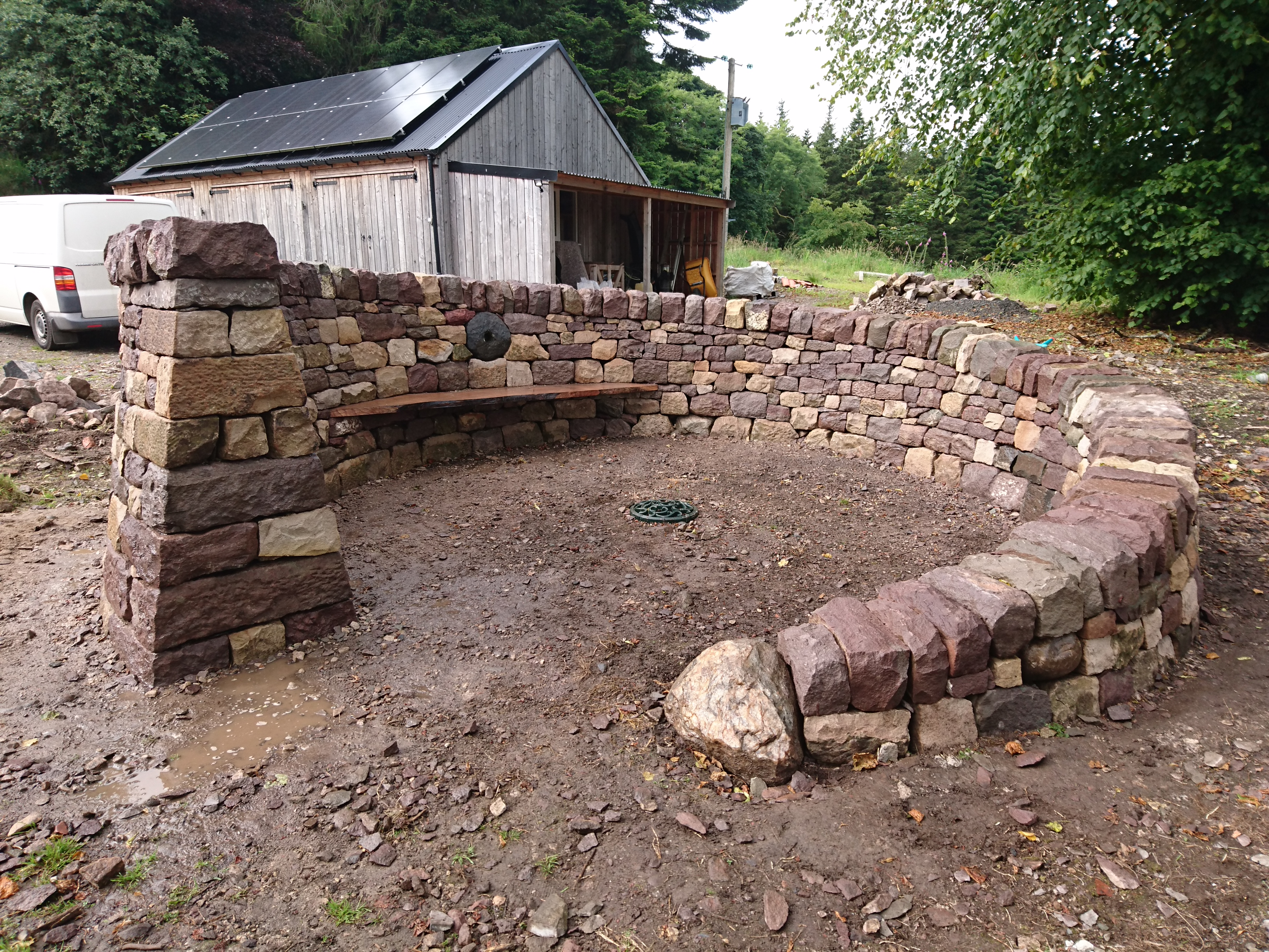 Dry stone and wood bench