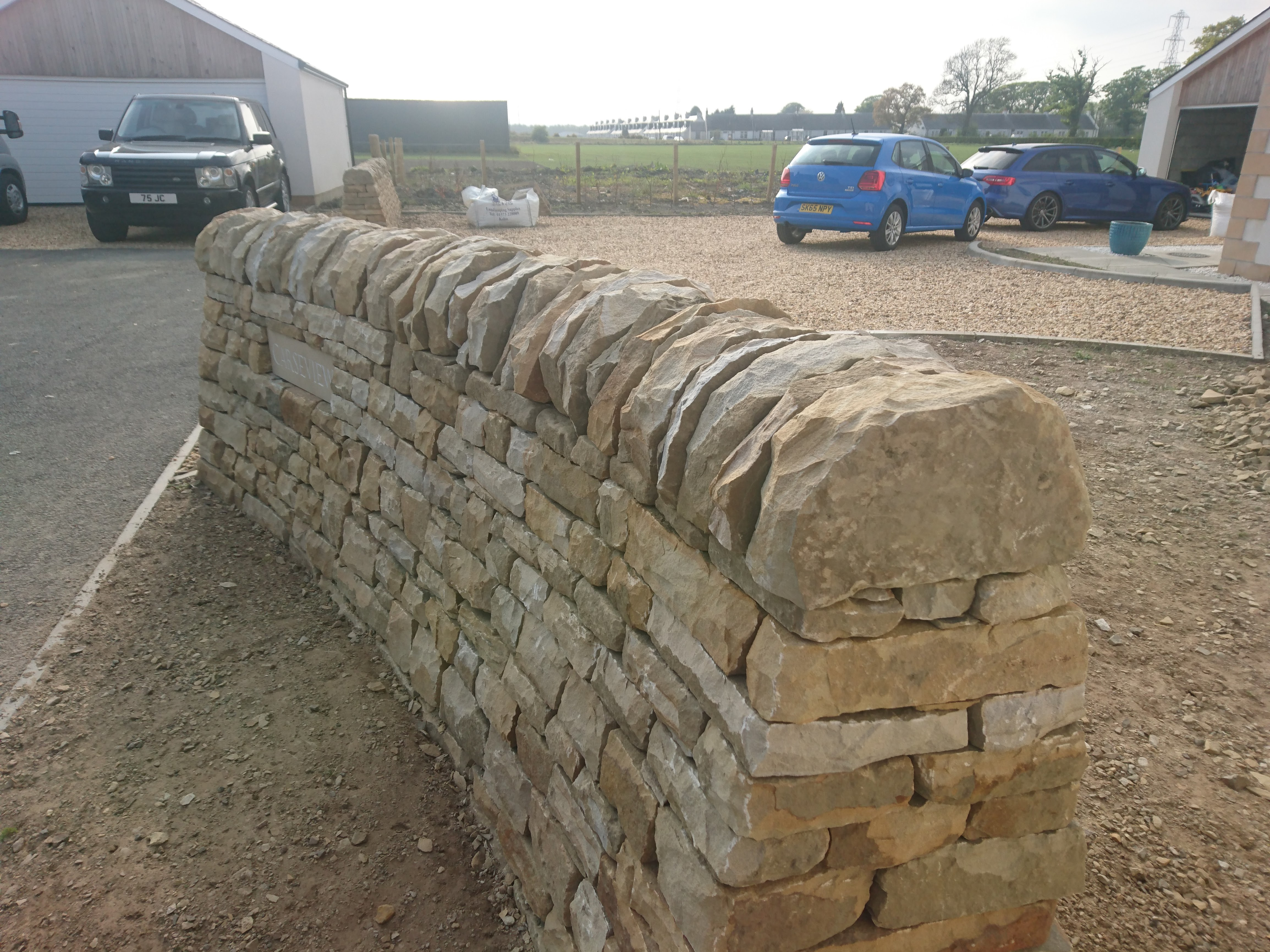 free-standing dry stone wall