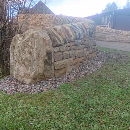 Dry stone entrance