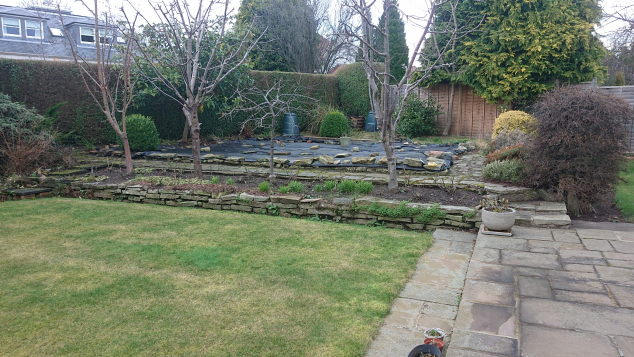 Ravelston steps and raised beds before