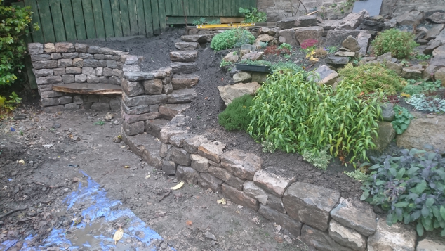 Eskbank dry stone seat and steps after