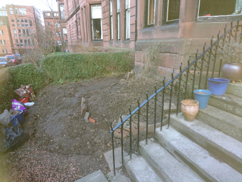 Hyndland dry stone seating and paving before